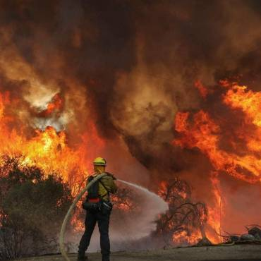 Northern California wildfires scorch more than 158,000 acres